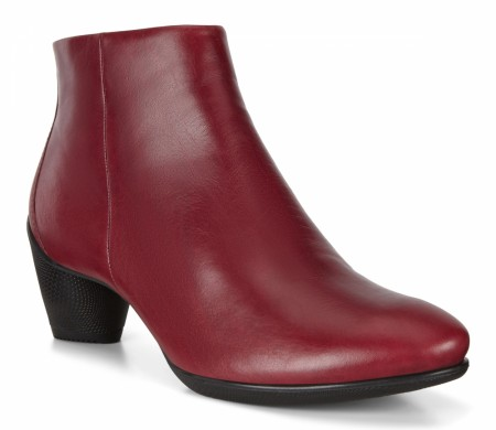 ECCO Sculptured 45, Syrah